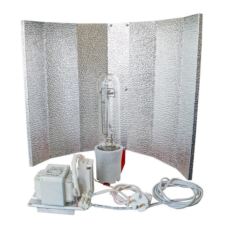 Светильник ДНаТ 100 Вт с лампой и отражателем
