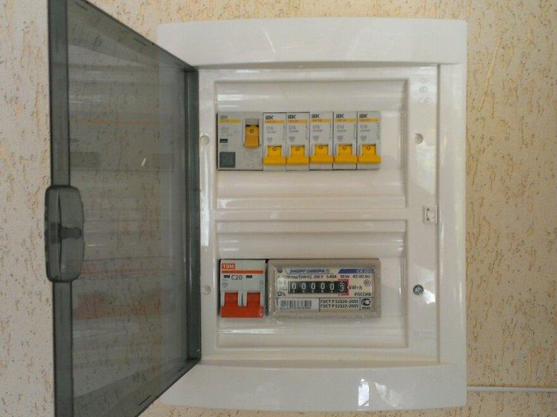Электрощит для дачи, 25А IP40 пластик